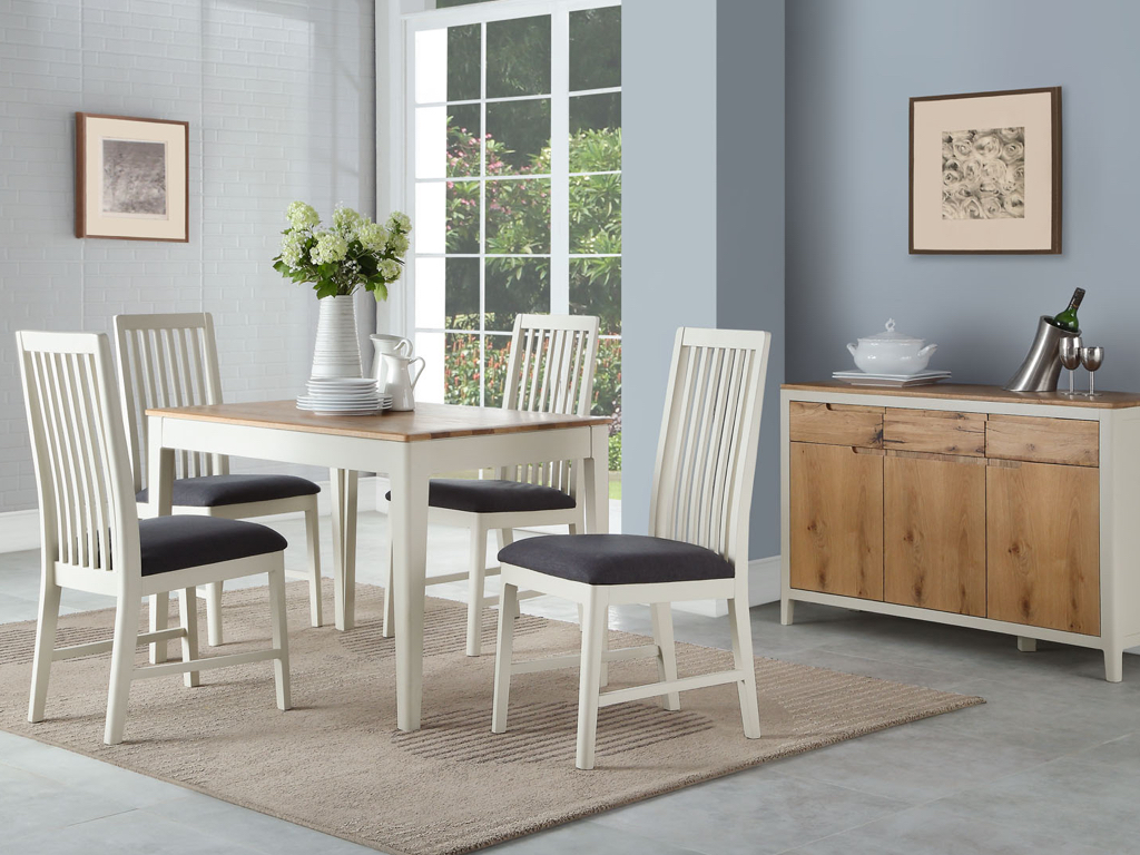 Dundee 4' Dining Table + 4 Chairs