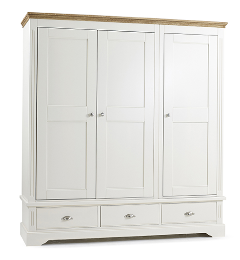 Kendal Triple Wardrobe With 3 Drawers - Our Price £1649