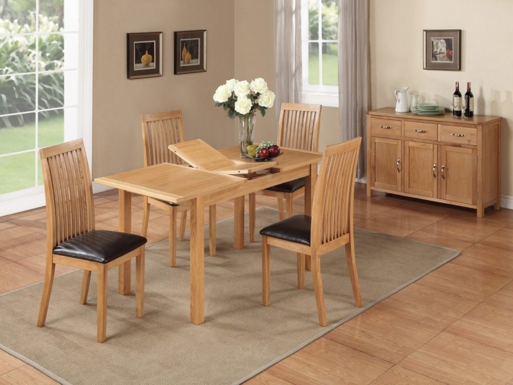 Richmond Light Oak Table and 4 Chairs - Our Price £929